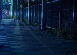 女性が夜道でウォーキング中の恐怖体験、彼女の防犯対策は?