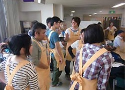 障がい者の作業所へボランティアに参加した女子高生の主張に共感!
