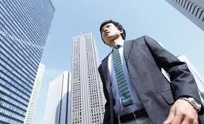 転職成功のカギを握るのは資格や職務経験
